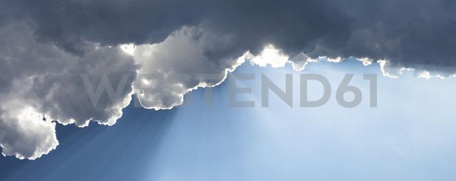 Germany, Bavaria, Sky with clouds - FCF000129