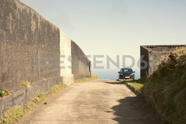 Portugal, Azores,Sao Miguel, Car standing at Caldeira das Sete Cidades - ONF000448