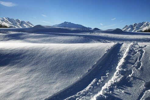 Austria, Kitzbuehel, snow and ski tracks - TMF000014