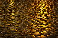 Wet cobblestones - FCF000145