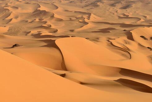 Algeria, Tassili n' Ajjer, Sahara, desert dunes - ESF001035