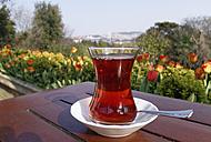 Turkey, Istanbul, Yildiz Park, Cay, Glass of Turkish tea - SIEF005349