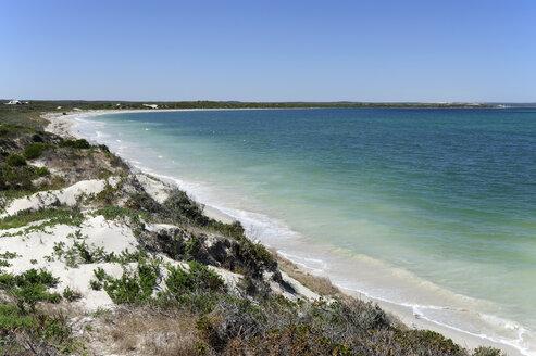 Australia, Western Australia, Cervantes, dunes at the seaside - MIZ000481
