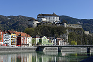 Austria, Tyrol, Kufstein, Fortress above the Inn and the old town - LB000712