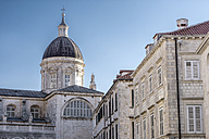 Croatia, Dubrovnik, view to cupola of cathredal at historic old city - WEF000085