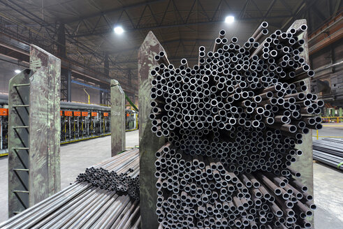 Storage of finished pipes in a tube rolling mill - SCH000165