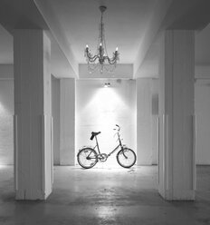 Bicycle parking in garage with chandelier - FC000213