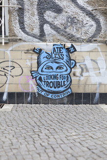 Germany, Berlin, Streetart at wall - MKL000022