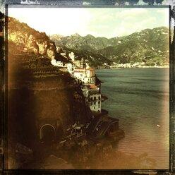 Italy, Campania, Amalfi Coast, Atrani, townscape - STE000100