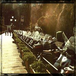 Italy, Campania, Amalfi Coast, Amalfi, mopeds - STE000004