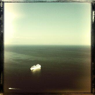 Italy, Campania, Amalfi Coast, Cruise Ship - STE000013