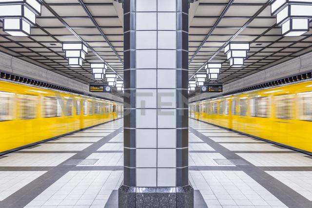 Germany, Berlin, subway station Paracelsiusbad with moving underground train - NKF000143 - Stefan Kunert/Westend61