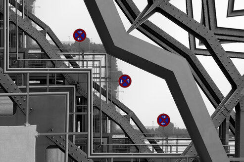 Bridge, Metal construction, Traffic signs, Stopping restriction, Concept, Confusion, Composing - HOHF000819