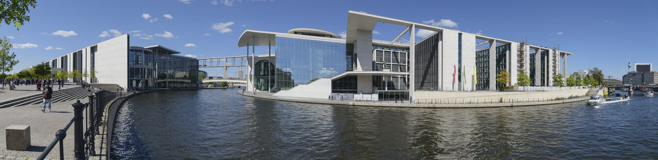 Germany, Berlin, Paul-Loebe-Haus, Marie-Elisabeth-Lueders-Haus and River Spree - HHEF000074