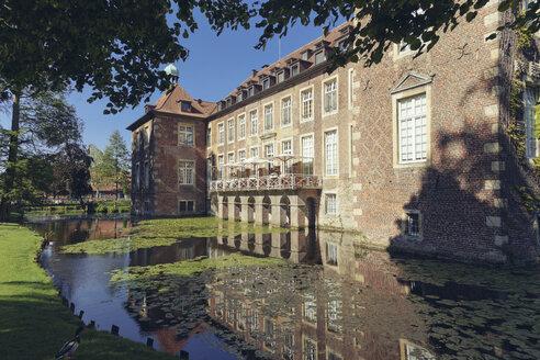 Germany, North Rhine-Westphalia, Velen moated castle - MEM000125