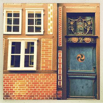 Native Museum of the City of Buxtehude, door and facade, Niedesachsen, Germany - MEMF000063