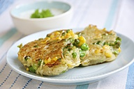 Corn, pea and potato patties with herbed soy yogurt sauce - HAWF000202