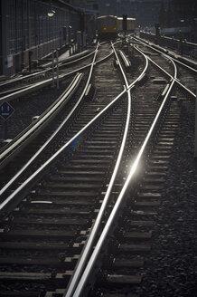 Germany, Berlin, rail tracks of elevated railway - AS005384