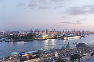Germany, Hamburg, View on harbor, Elbe river and Landungsbruecken - MSF003948