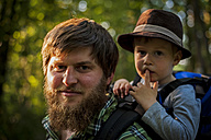 Germany, Rhineland-Palatinate, Moselsteig, portrait of father and his little son hiking - PA000683