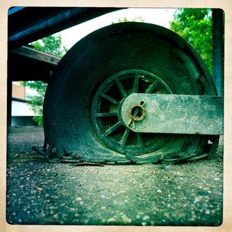 Platter trailer tire in a parking lot in Appenweier, Baden-Wuerttemberg, Germany - DHL000455