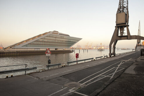 Germany, Hamburg, Dockland, Office building - RJ000170