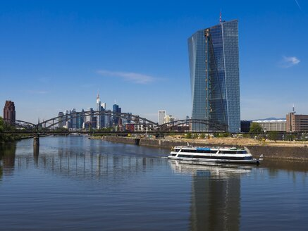 Germany, Hesse, Frankfurt, Deutschherren Bridge, European Central Bank Headquarters, Excursion boat, Financial district in the background - AM002283