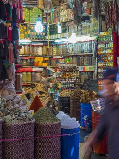 Morocco, Marakesh, Medina, stall with Oriental spices - AM002311