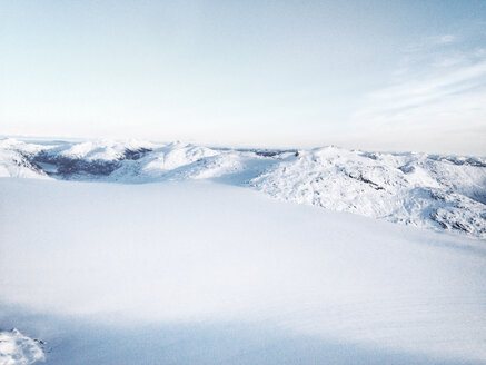 Aerial view of a snow landscape from the Helokopter, Alaska, USA - BMA000014