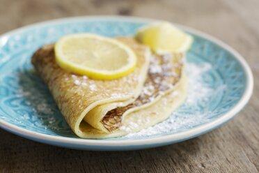 Sugar powdered pancakes with lemon - HAWF000282