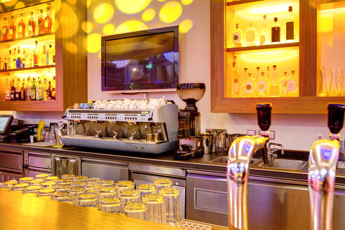 Coffee machine in a bar - SKF001510