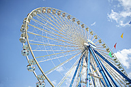 Ferris wheel on a funfair - RH000366