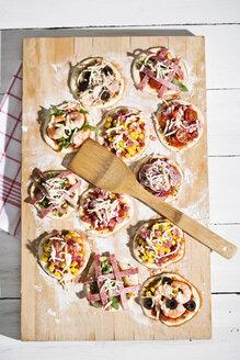 Home made mini pizzas - MAEF008489