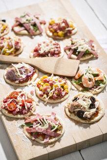 Home made mini pizzas - MAEF008490