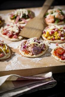 Home made mini pizzas - MAEF008492
