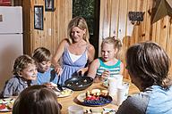 USA, Texas, Family having breakfast - ABA001408
