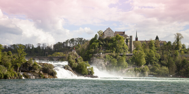 Switzerland, Schaffhausen, Rhine falls with Laufen Castle - WI000798
