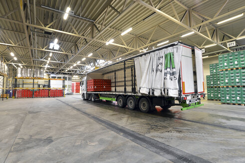Germany, truck in a storage of a brewery - SCH000299