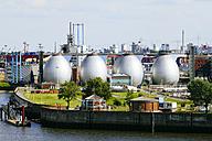 Germany, Hamurg, digestion tanks of water treatment plant Koehlbrandhoeft at River Elbe - KRPF000599