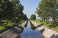 Germany, Cologne Widdersdorf, canal - GWF003559