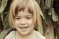 Portrait of smiling little girl - LVF001492