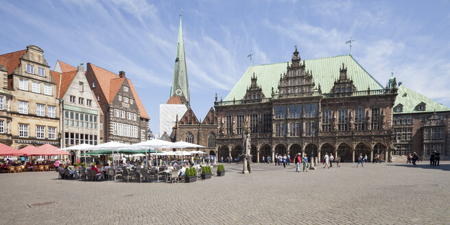 Germany, Bremen, Bremen Town Hall at market square - WIF000823