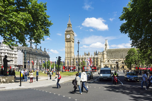 United Kingdom, England, London, Westminster, Parliament Square with Palace of Westminster and Elizabeth Tower - WEF000169
