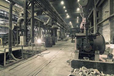 Interior of a foundry - LYF000134