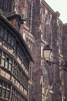 France, Strasbourg, Kammerzell House and Strasbourg Cathedral - MEMF000258