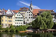 Germany, Baden-Wuerttemberg, Tuebingen, Hoelderlin tower, Collegiate church, Neckar river and punt boats - LV001565