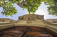 Spain, Barcelona, Eixample, entrance door with stucco - THAF000546
