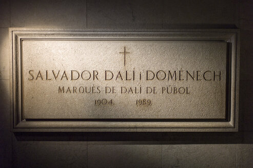 Teatre-Museu Dali Figueres, Catalonia, Spain, Europe ,Grave stone slab - JWA000164