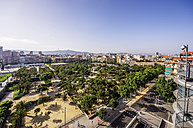 Spain, Barcelona, park in district Eixample - THAF000576