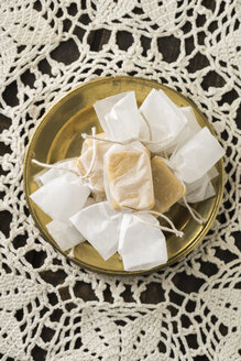 Homemade toffees in wrapping paper - ECF000711
